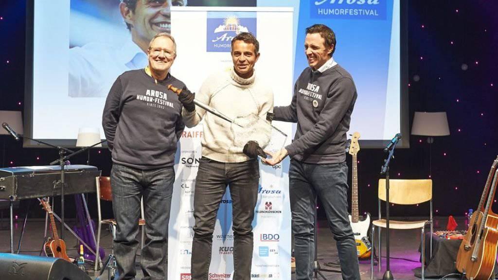 Die Arosa Humorschaufel durfte in diesem Jahr der ehemalige Präsident des FC Basel, Bernhard Heusler, entgegennehmen.