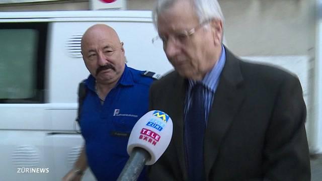 Behördenschreck verprügelt Richter