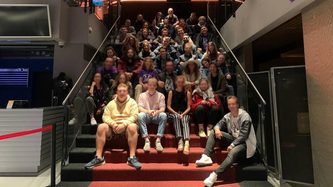 37 Mitglieder der «Mass-Voll»-Bewegung haben sich im Cinema 8 vermutlich ohne Zertifikat getroffen.