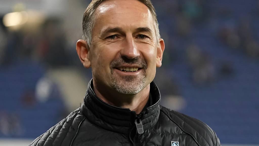 Achim Beierlorzer hat allen Grund zur Freude: Der neue Mainz-Trainer gestaltet auch das zweite Spiel mit seinem neuen Verein siegreich