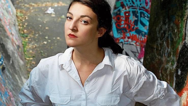 Inès Bayard inszeniert in ihrem Roman ein menschliches Inferno.