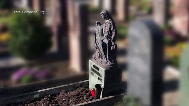 Dreiste Friedhofsdiebe stören letzte Ruhe