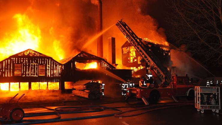 In Balsthal ist am Silvesterabend eine Schreinerei vollständig abgebrannt.