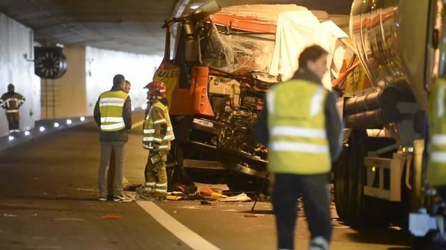 Unfall zwischen zwei Lastwagen auf der A3