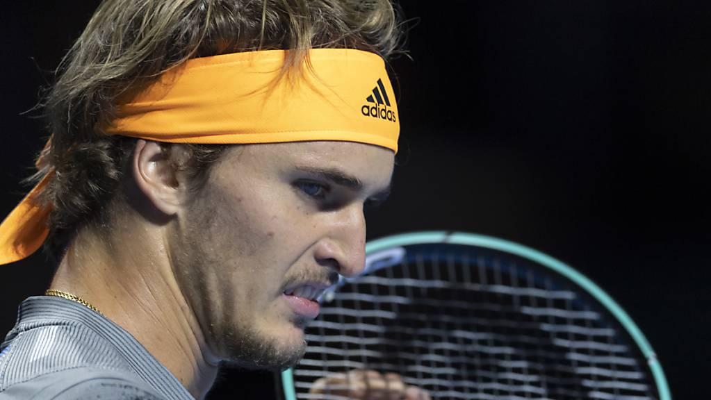Frustriert: Alexander Zverev fand in der 1. Runde der Swiss Indoors kein Mittel gegen den Aufschlag von Taylor Fritz.