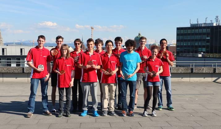 Die Finalisten der Informatik-Olympiade.