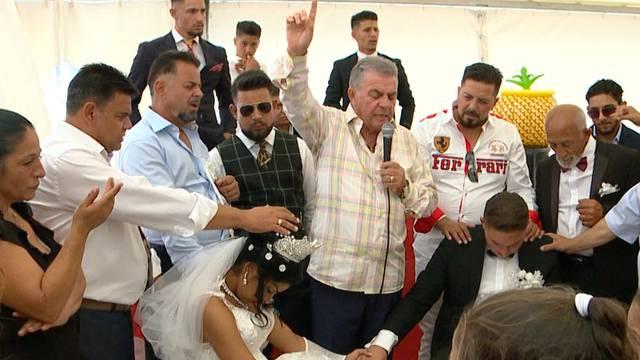 Riesige Roma-Hochzeit in Rapperswil (SG)