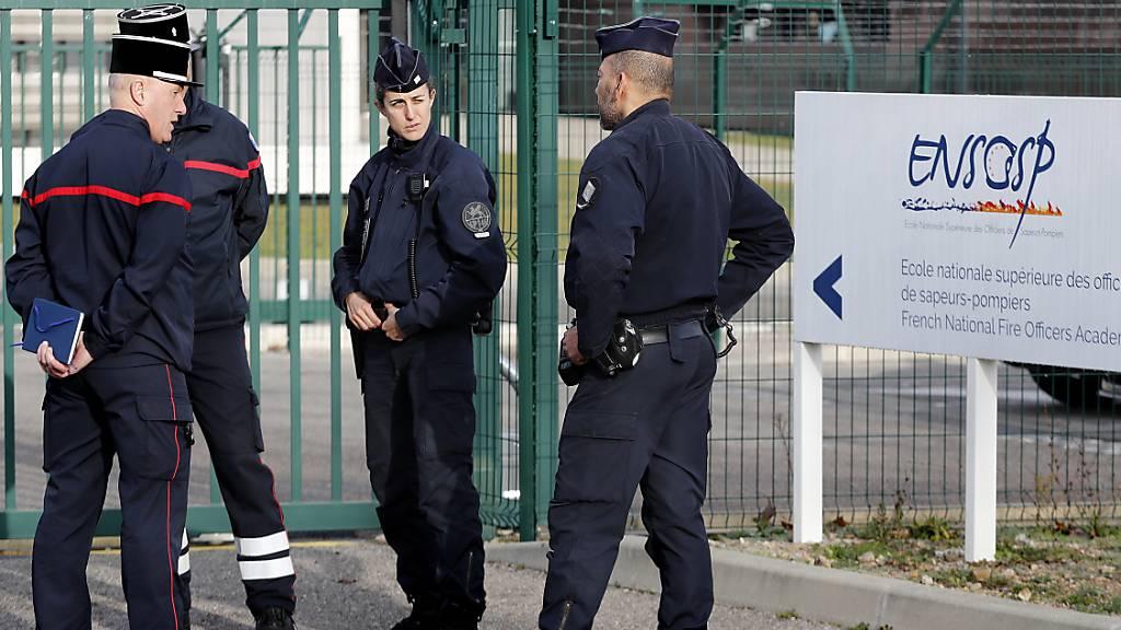 Evakuierte Schweizer auf Luftwaffenbasis in Südfrankreich gelandet