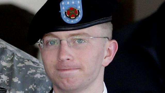 Bradley Manning bei einer Anhörung im Juni (Archiv)