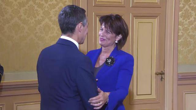 Bundesrats-Kollegen heissen Ignazio Cassis willkommen