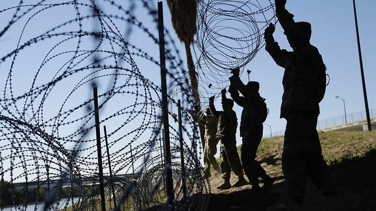 Die USA entsenden weitere Soldaten zum Schutz ihrer Aussengrenze zu Mexiko. (Archivbild)