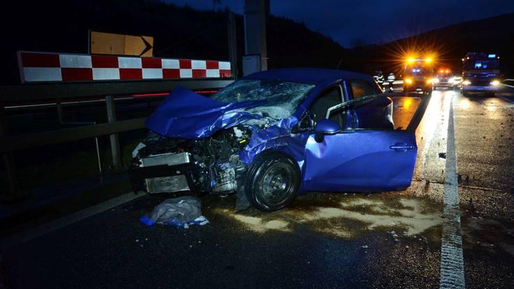 Die Autofahrerin übersah ein anderes Auto. Es kam zu einer seitlichen Frontalkollision.