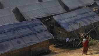 Ein Flüchtlingslager in der umkämpften Region Kachin im Norden Burmas (Archiv)