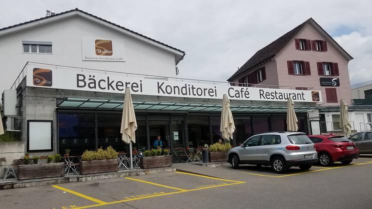 Ist trotz der Konkurseröffnung weiterhin in Betrieb: Das Hauptgeschäft der Bäckerei-Konditorei Studler AG. sga