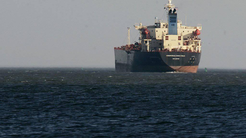 Vor der Ostküste der Vereinigten Arabischen Emirate wurden offenbar vier internationale Schiffe sabotiert. (Symbolbild)