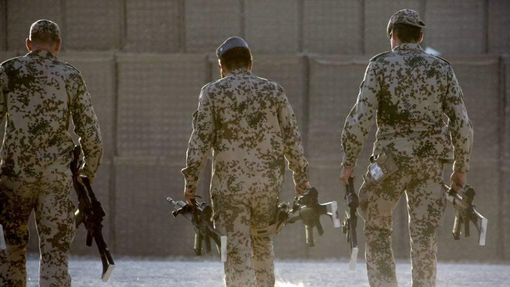 Eskalation statt Abzug? Nato verschiebt Afghanistan-Entscheidung