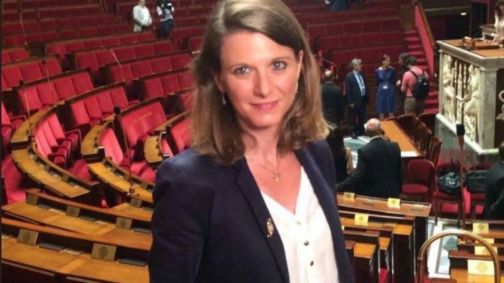 Wurde attackiert, als sie in Bagneux bei Paris Flugblätter auf einem Markt verteilte: die Abgeordnete Laurianne Rossi.