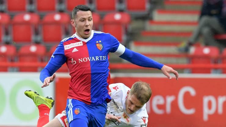 Beim FCB kämpfen sechs Innenverteidiger und dem Platz in der Startelf: Captain Marek Suchy ist nach seinem Achillessehnenriss wieder zurück im Team.