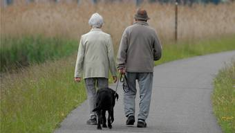 In der Stadt Zürich leben 80'000 Menschen, die älter als 60 Jahre alt sind. 20'000 Personen sind über 80 Jahre. Von diesen 20'000 leben 16'000 in den eigenen vier Wänden. (Symbolbild)