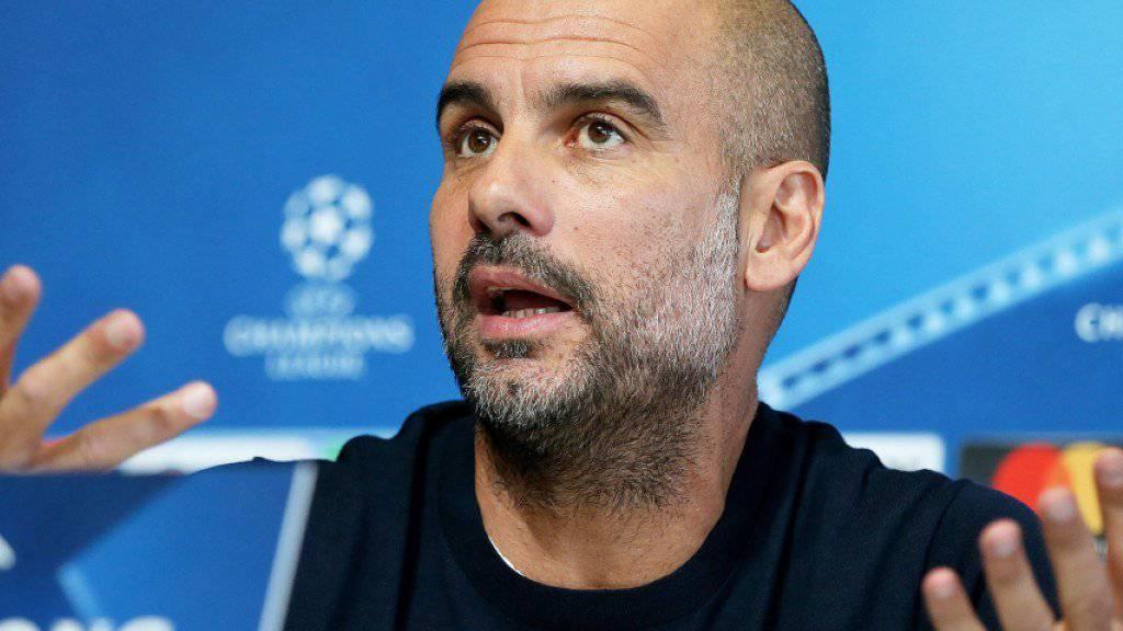 Pep Guardiola muss mit Manchester City einen 0:3-Rückstand gegen Liverpool wettmachen