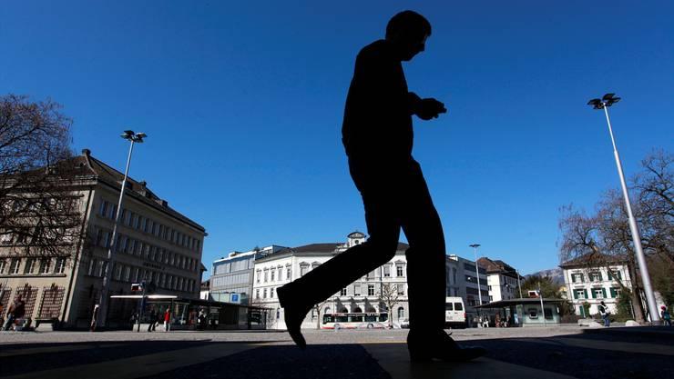 «Die Stadtpolizei hat am Amthausplatz nicht einfach wahllos Leute in Gewahrsam genommen», sagt Urs Unterlerchner von der FDP.