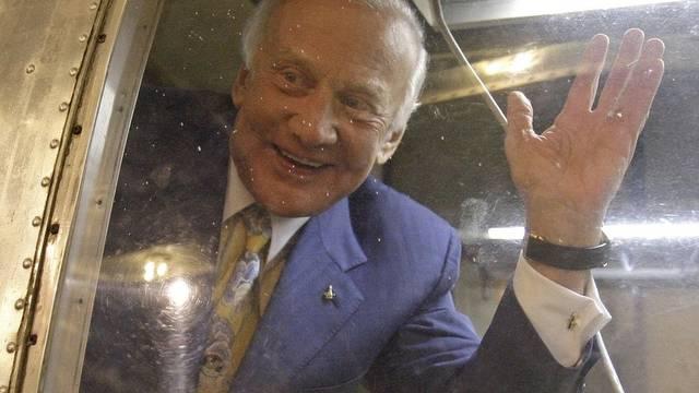 """Auf Wiedersehen: Edwin """"Buzz"""" Aldrin (Archiv)"""