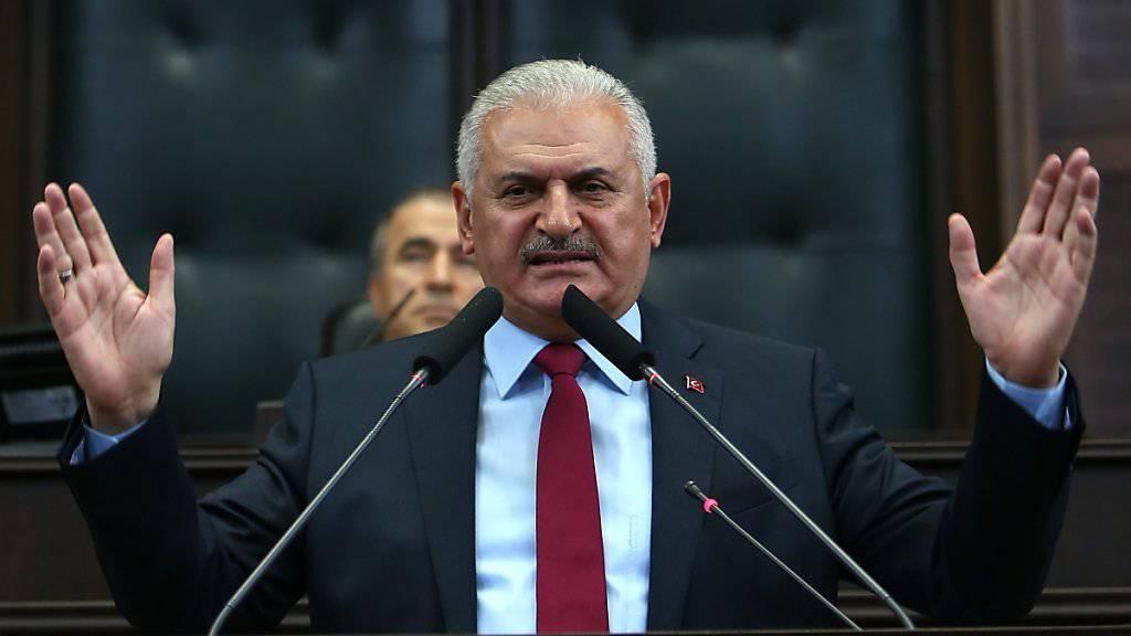 Der türkische Regierungschef Yildirim bei einer Ansprache im Parlament. (Archivbild)