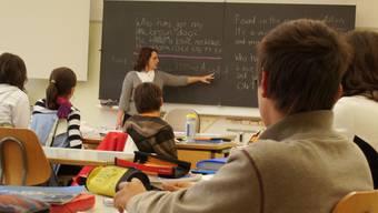 Das Lohnsystem der Aargauer Lehrer wird vorerst nicht angepasst.