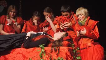Szenenbild aus der Hauptprobe zur neuen Produktion des Jugendtheaters.