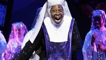 """Schauspielerin Whoopi Goldberg hat sich 1992 im Hollywood-Streifen """"Sister Act"""" als Deloris alias Schwester Mary Clarence einen Namen gemacht. Jetzt schlüpft sie wieder in diese Rolle, für die Musical-Version in London. (Archivbild)"""