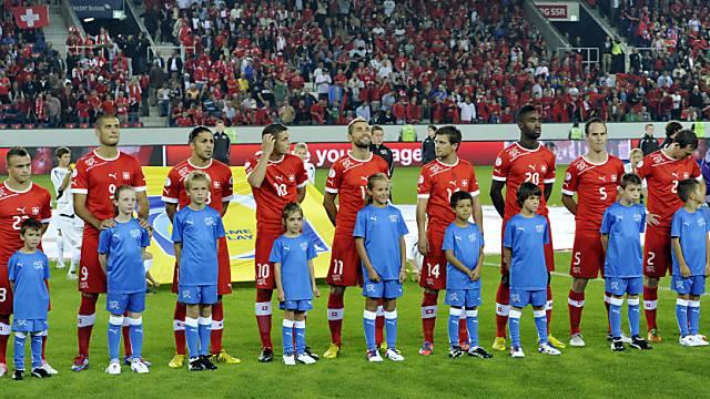Die Schweizer Nationalmannschaft vor dem Spiel gegen Albanien, das sie mit 2:0 gewann.