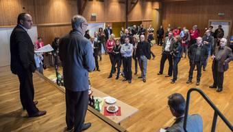 Paul Studer (FDP) wird überzeugend als Oetwiler Gemeindepräsident bestätigt.