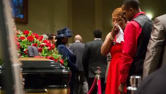 Tausende nehmen Abschied vom getöteten US-Teenager Michael Brown