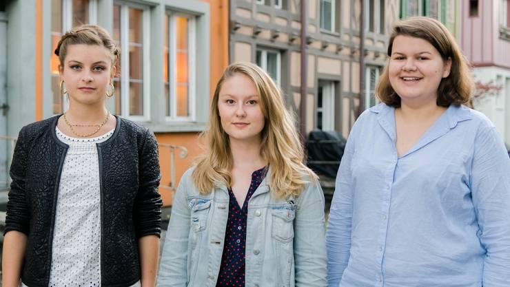 Mia Jenni, Ariane Müller und Mia Gujer: Dieses Trio zieht für die Juso in den Regierungsrats-Wahlkampf.