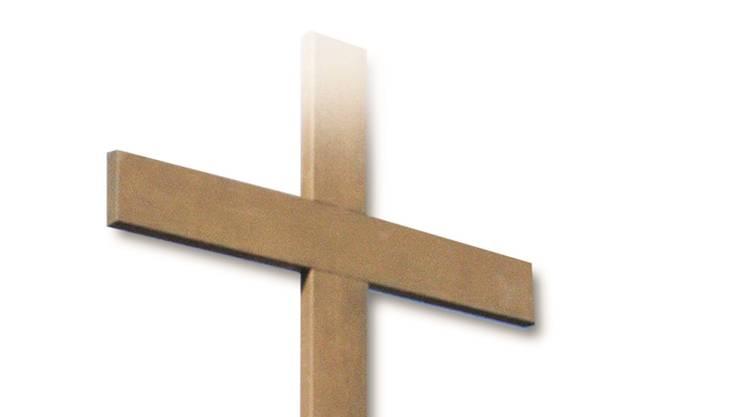 Ein einfaches Holzkreuz würde der SVP in der Abdankungshalle genügen.