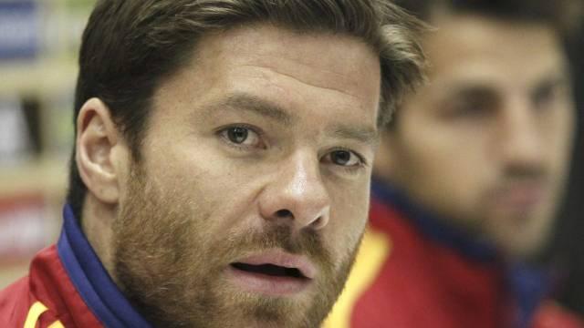 Xabi Alonso gibt Rücktritt aus dem spanischen Nationalteam