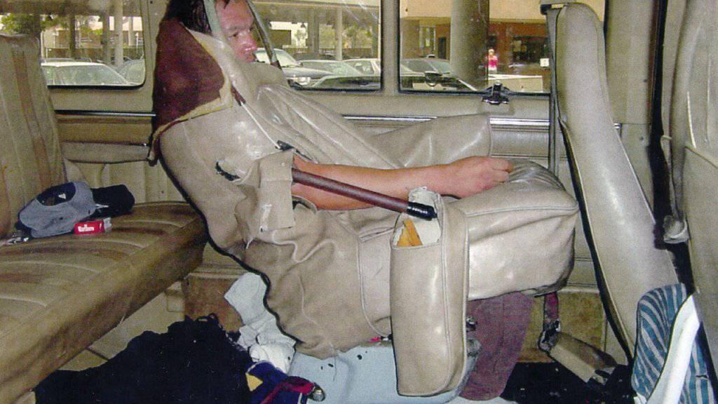 In Sitzpolstern lassen sich neben Drogen auch Menschen schmuggeln (Symbolbild).