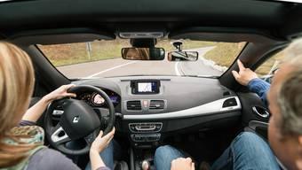 Wer in der Region Baden das Autofahren lernen will, zahlt je nach Fahrschule bis zu 35 Franken mehr. (Symbolbild)