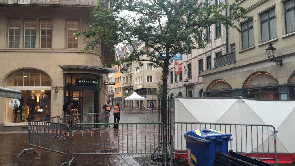 Am 12. Mai 2016 war mitten in der St. Galler Innenstadt ein 42-jähriger Mann erschossen worden. Am Dienstag stand der Täter vor Gericht. (Archiv sda)