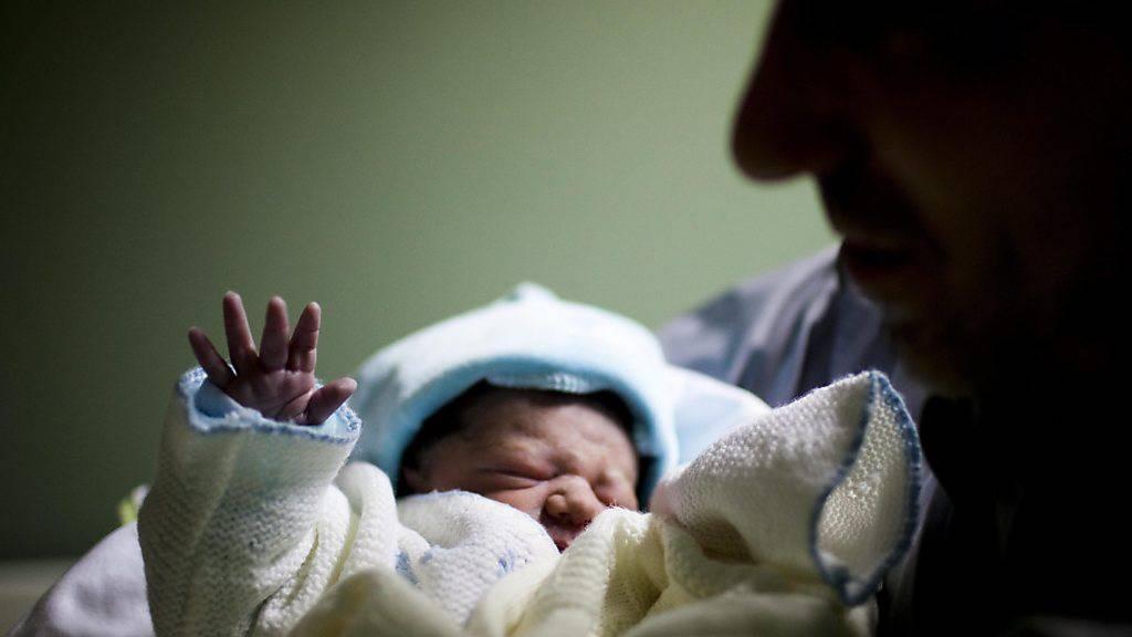 Mehr Geburten als Todesfälle und mehr Zuwanderer lassen die Bevölkerungszahl im Kanton Luzern ansteigen. (Symbolbild)