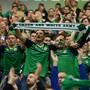 Mehr als der «zwölfte Mann»: Die Green and White Army begleitet die nordirische Mannschaft zu Tausenden und gibt alles, um das Team zu unterstützen.