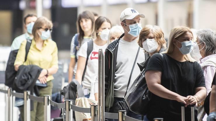 Der Flughafen Zürich investiert in sein Schutzkonzept im Kampf gegen Corona.