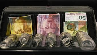 Die SP Aargau will mit zwei Initiativen Geld in die Kantonskasse spülen. (Symbolbild)