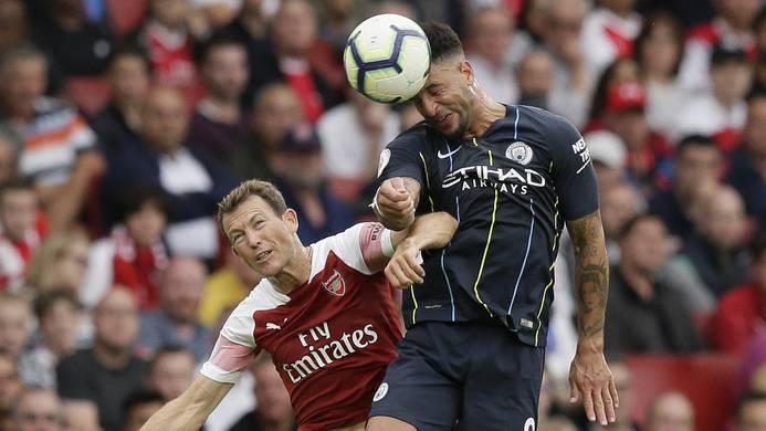 Stephan Lichtsteiner mit seinen ersten Spielminuten für Arsenal.