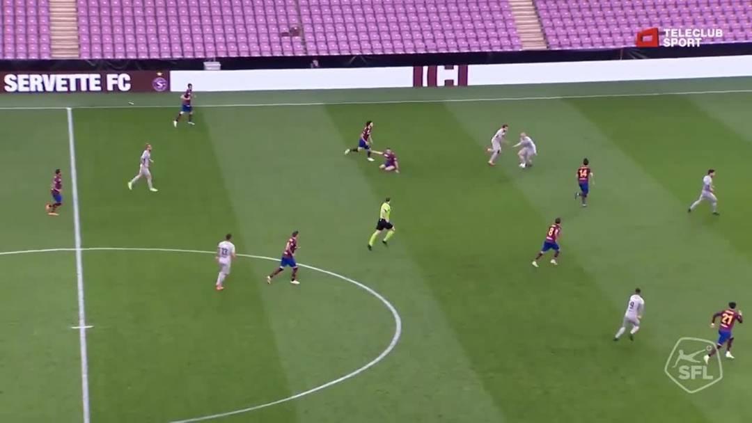 68. Minute: Tor für FC Aarau von Gianluca Frontino