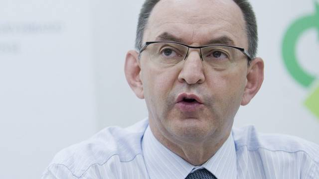 Rudolf Stämpfli präsidiert den Arbeitgeberverband noch bis am 1. Juli (Archiv)