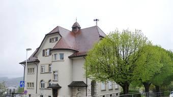 Der Platz in der Primarschule Pfeffingen reicht nicht, um darin Harmos umzusetzen – es braucht Neubauten.