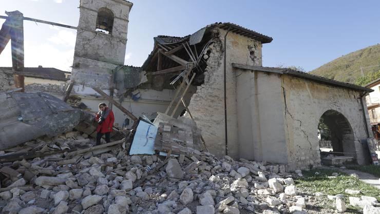 Der heftigste Erdstoss wurde nahe der Ortschaft Visso südöstlich von Perugia gemessen.