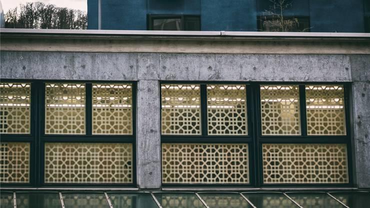 Der Kunstraum der Stadt Baden hat letzte Woche einen Check über 15'000 Franken von der Mobiliar entgegennehmen können. Unterstützt wird mit dem Betrag das Projekt «Raumgeschichten». Archiv