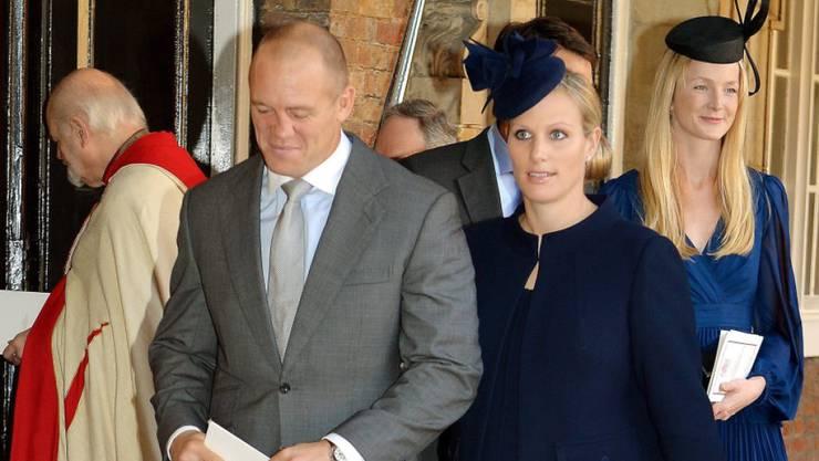Mike und Zara Tindall 2013 auf der Taufe von Prinz George. Die beiden erwarten im Frühjahr ihr zweites Kind, das sechste Urenkelchen der Queen. (Archivbild)